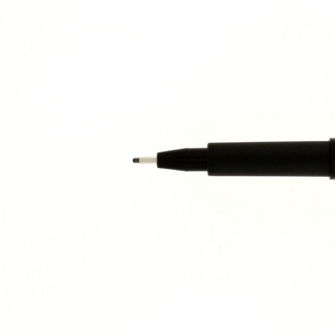 Feutre technique à pointe calibrée Pitt moyen - Noir