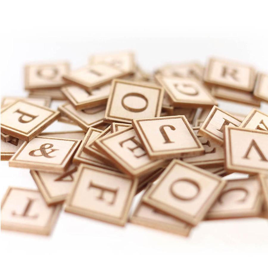 Découpes en bois gravé Alphabet - 54 pcs