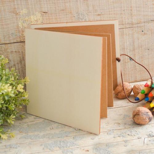 Album accordéon en bois 17 x 17 cm