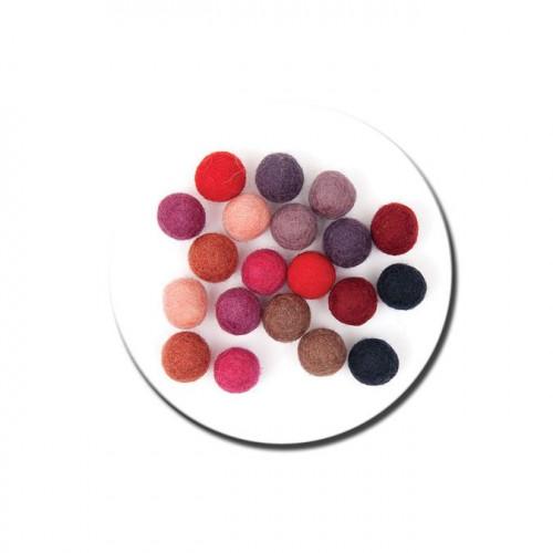 Boule en feutre - Rouge - 1,5 cm