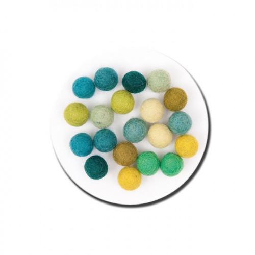 Boule en feutre - Vert - 1,5 cm