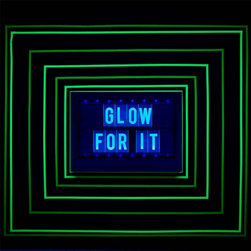 Lettres réactives à la lumière noire pour Lightbox Glow - rose - 100 pcs