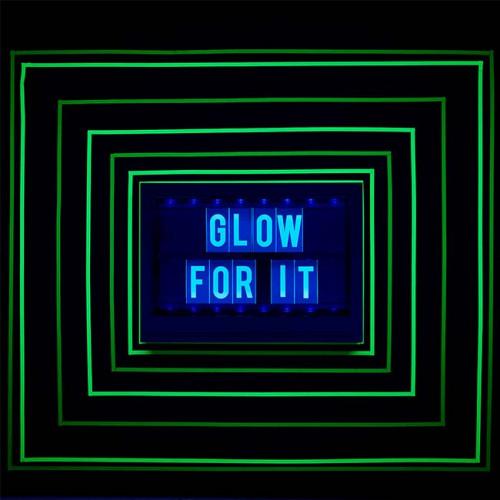 Lettres réactives à la lumière noire pour Lightbox Glow - jaune - 100 pcs