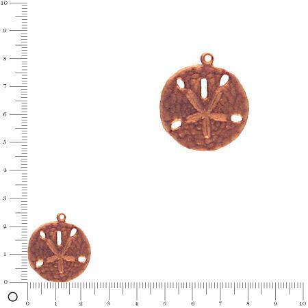 Breloque ronde martelée motif central gravé L. 24 mm - Cuivré vieilli