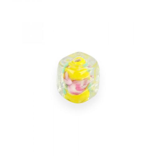 Perle cube en verre - Transparent intérieur jaune - 11,8 x 11,8 mm