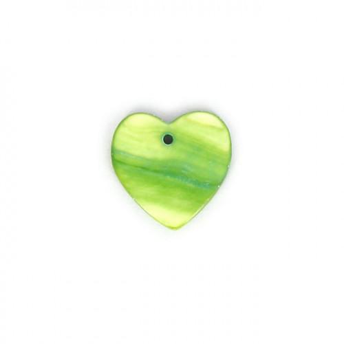 Perle cœur nacre - Vert anis - 17,5 x 17,5 mm