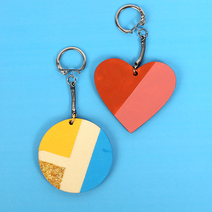 Porte-clés ronds en bois 5,5 cm - 10 pcs