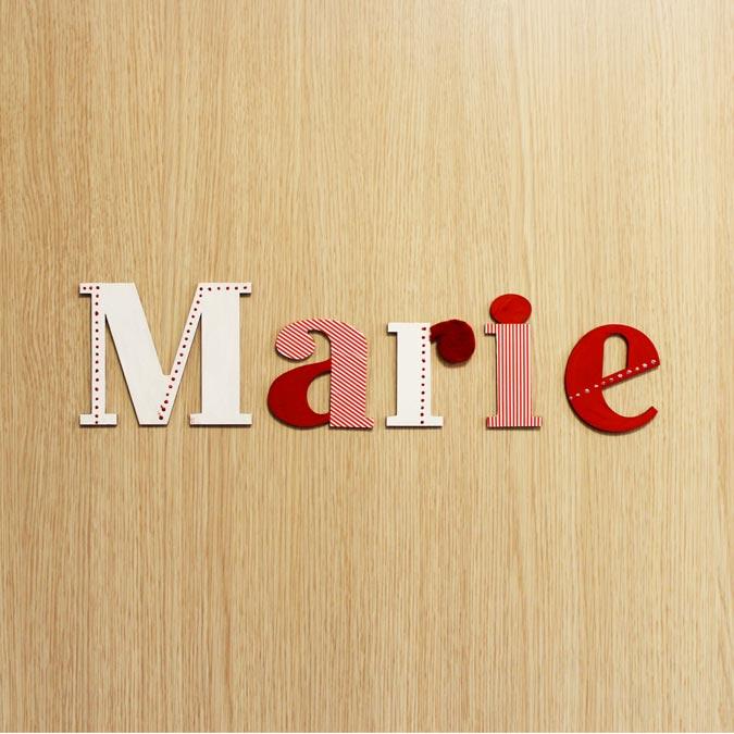 Lettre en bois médium - M majuscule - 10 cm