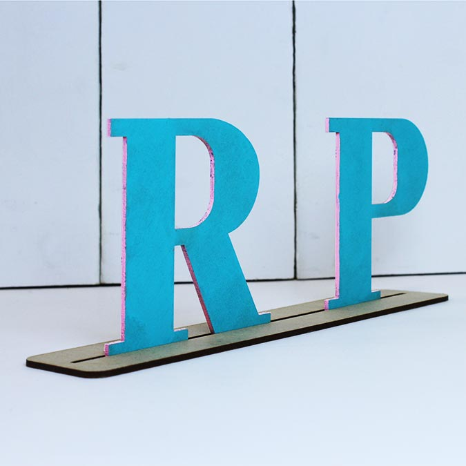 Lettre en bois médium - P majuscule - 8 cm