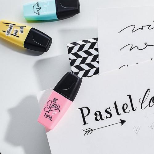 3 surligneurs Boss Mini Pastel Love - Menthe, rose, turquoise