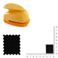 Grande perforatrice - Timbre poste - 2.8 cm
