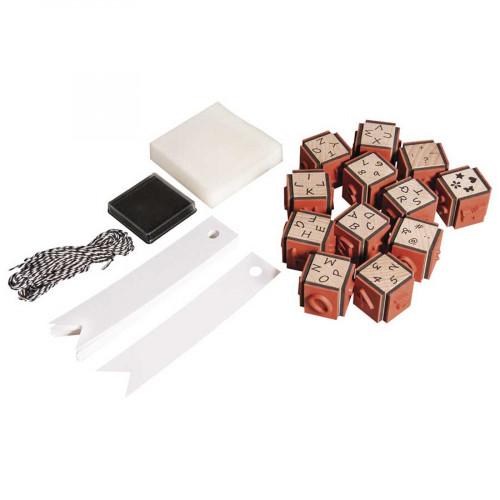 Assortiment de tampons bois Mini Alphabet et accessoires